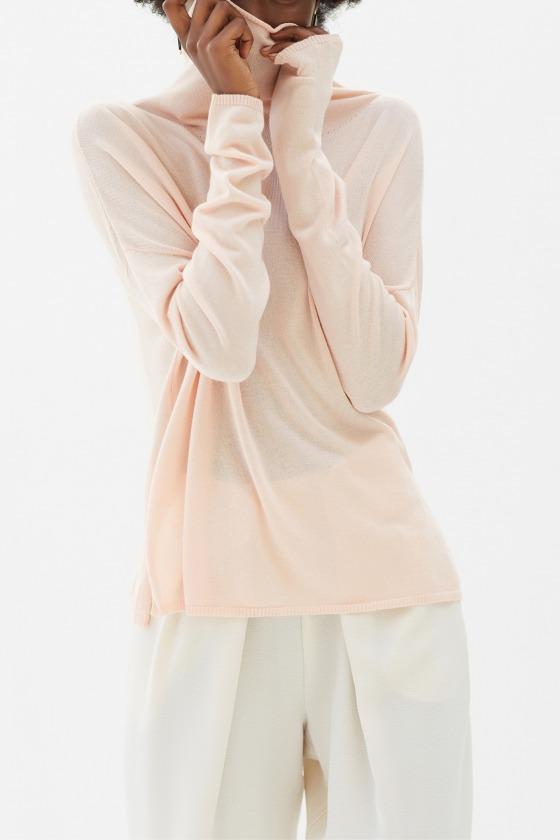 GATTI beige - fine knit with high collar