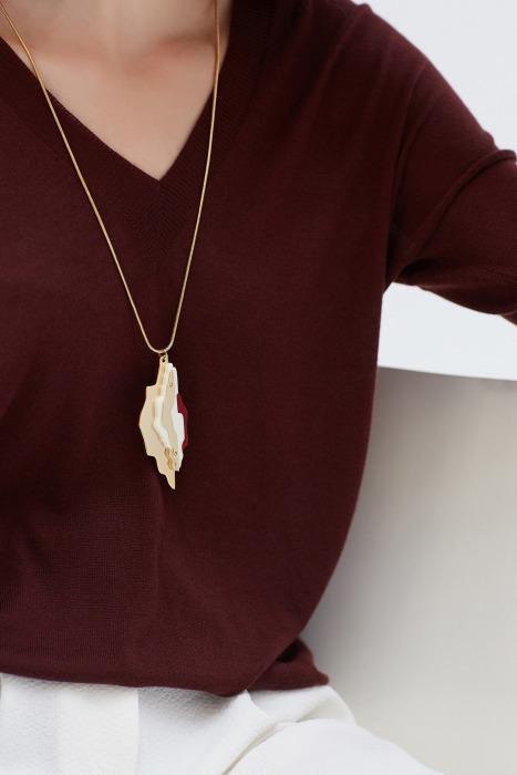 GAYAC - Plexi and gilt metal necklace