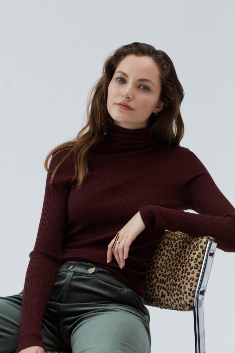 GRIMAUT red - fine knit with turtleneck