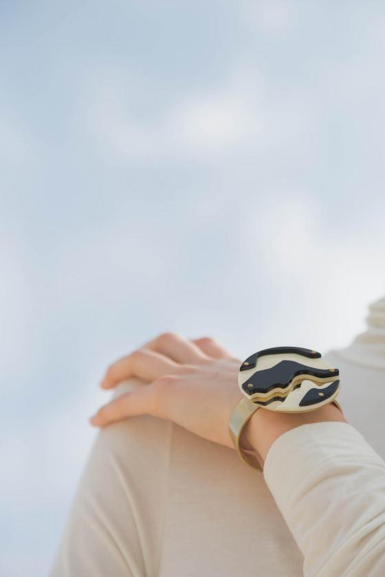 GALIA white - Plexi and gilt metal bracelet